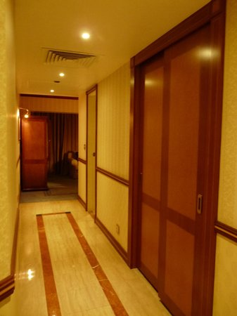 Sheraton Dubai Creek Hotel & Towers :                   creek hotel