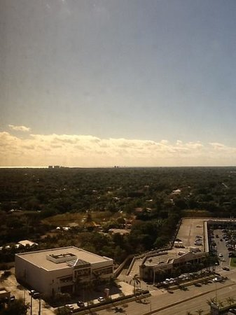 Miami Marriott Dadeland:                   Room view......