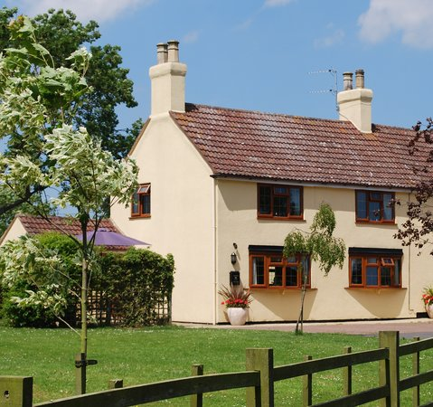 Woodthorpe Hall Country Cottages