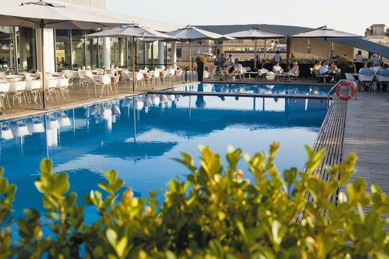 Zest Bar: Bar Zest bordo piscina