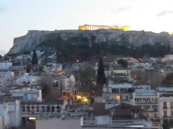 Plaka Hotel: La Acrópolis desde la terraza