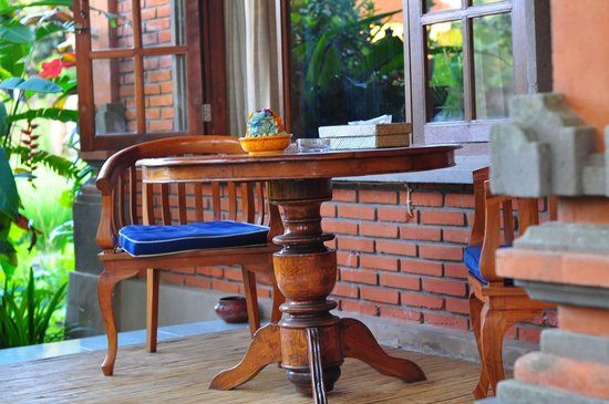 Kebun Indah: Balcony to enjoy breakfast, teatime & windy evening