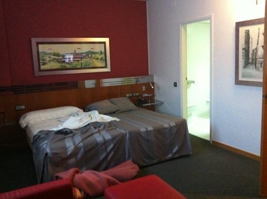 Aparthotel Atenea:                   zona camas