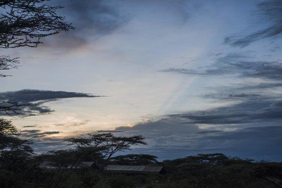 Ubuntu Camp, Asilia Africa:                   Sonnenuntergang2