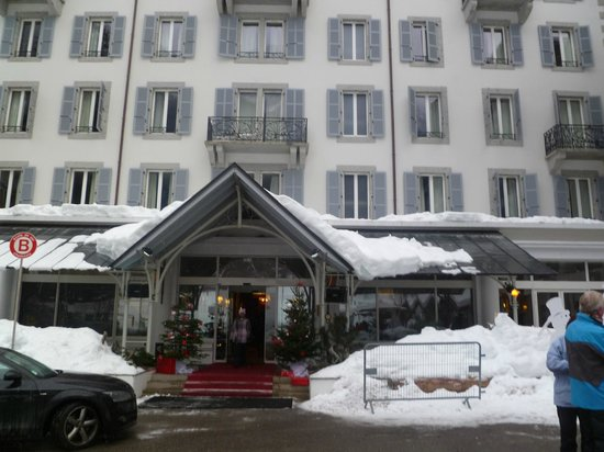 Club Med Chamonix Mont-Blanc:                   Front Entrance