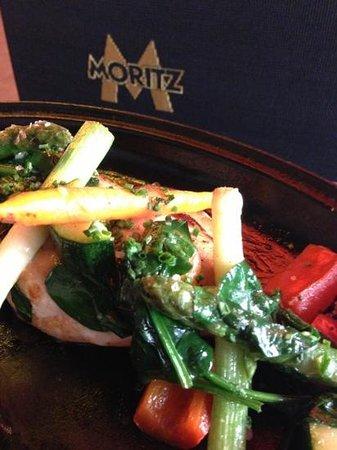 Fàbrica Moritz Barcelona:                   pollo con verduras