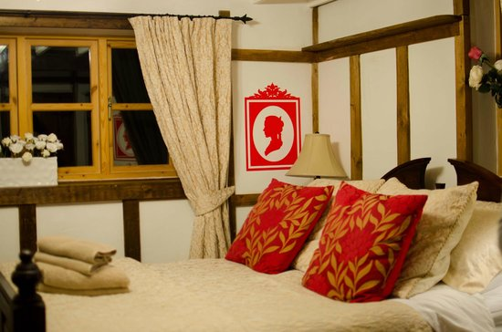 Dolweunydd Bed & Breakfast :                   Inside the cottage - bedroom