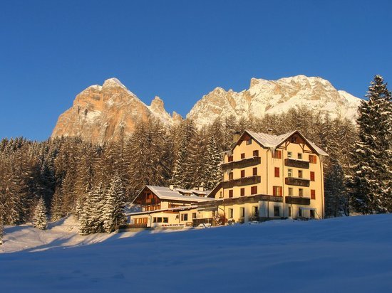 Sport Hotel Pocol: Esterno inverno