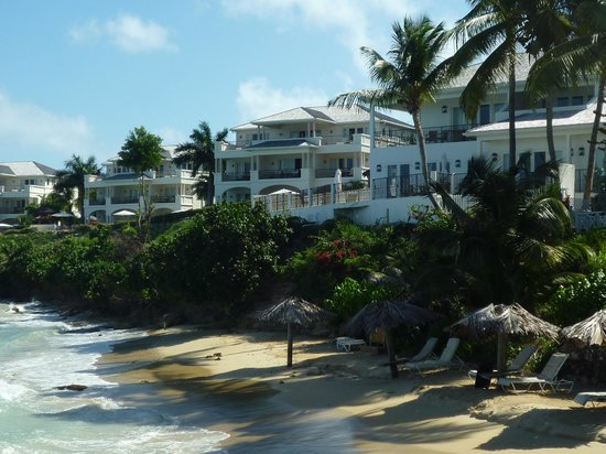 Blue Waters Antigua: View of Cove Suites from the beach