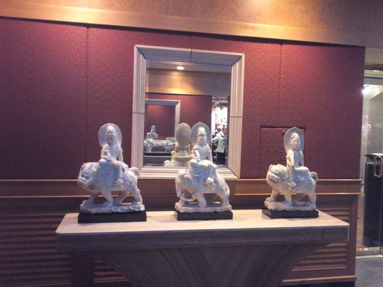 Hyatt Regency Grand Cypress:                   Asian furnishing goods                 