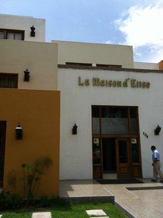 La Maison d' Elise:                   Front of hotel