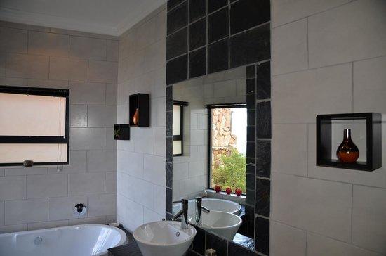 Simonstown Guest House: salle de bain Shawu