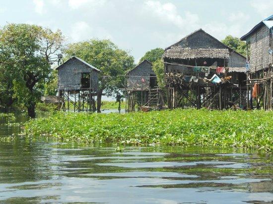 Kompong Phluk: Stilt houses