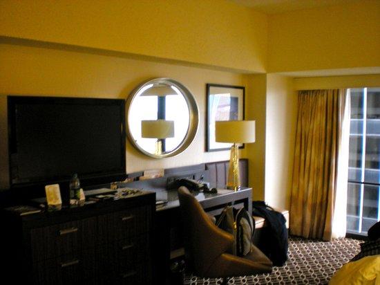 นิวยอร์กมาร์ริออทท์ มาควิซ:                                     interno stanza