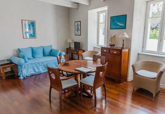 La Grek :                   le salon de la chambre d'hôtes