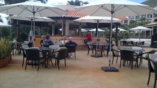 Porto Mare Hotel (Porto Bay):                   Pool Bar                 