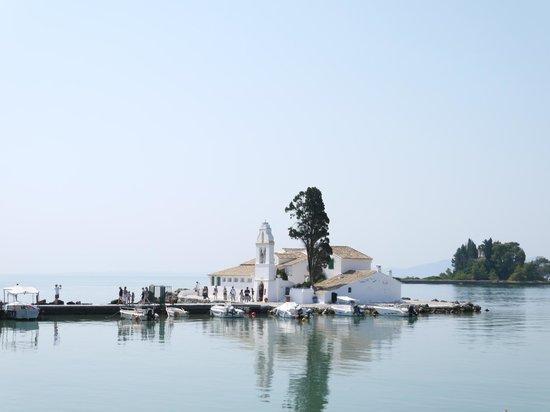 Belvedere Hotel:                   Корфу