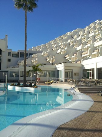 TUI SENSIMAR Calypso Resort & Spa:                   by the pool
