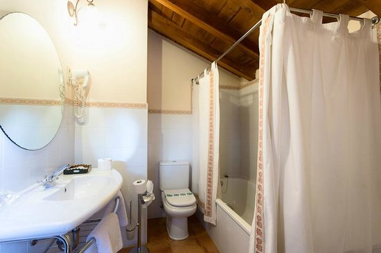 La Posada de Numancia: baño