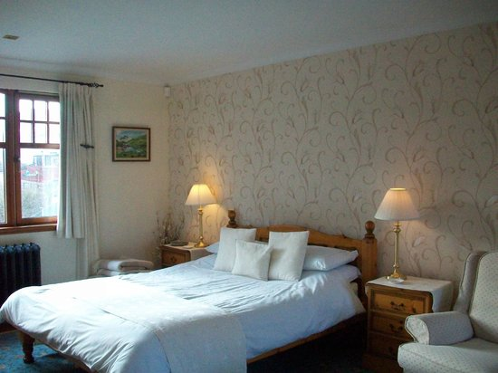 Slemish B&B: Kingsize bedroom