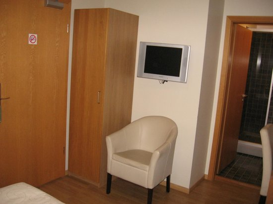 "Hotel Fron:                   TV and ""Closet"""