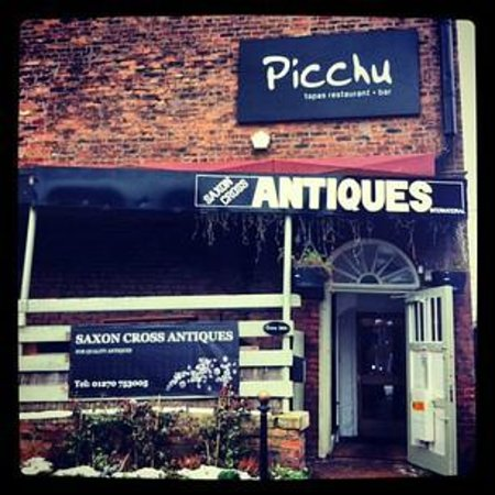 Picchu Tapas: Our Entrance