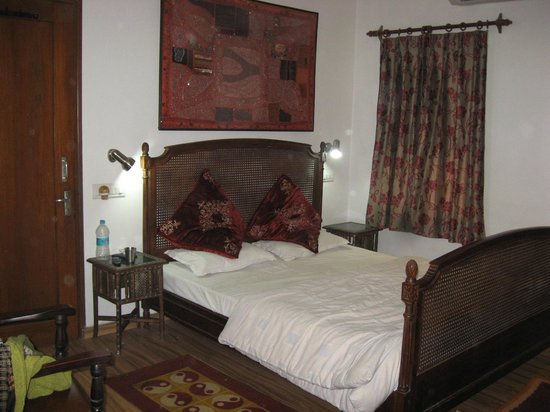 All Seasons Homestay Jaipur:                   Super Deluxe Room