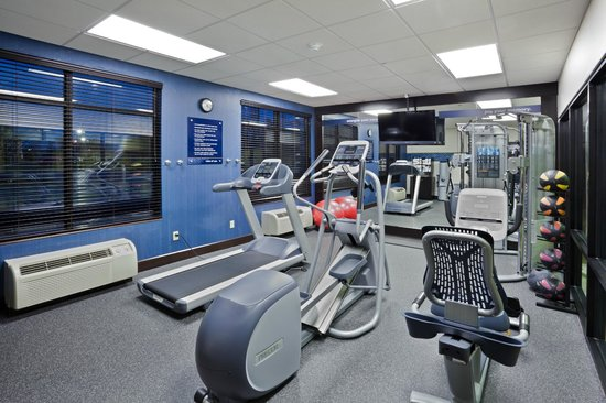 Hampton Inn Cleveland Airport-Tiedeman Rd: Fitness Center