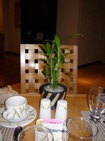 Real InterContinental San Pedro Sula at Multiplaza Mall:                                                       Restaurante Bambú, delicioso all you can e
