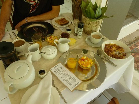 Kingfisher Lodge:                   Breakfast