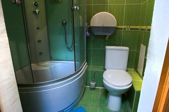 Hostel Ufa: Shower&Toilet