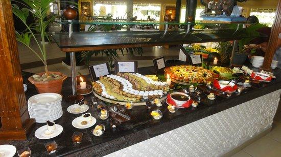 Southern Palms Beach Resort:                   ... noch ein bisschen mehr Buffet