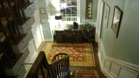 Inn by the Bandstand:                   Inside Staircase