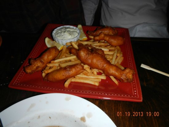 Lilikoi Grill & Wine Bar :                   fish and chips