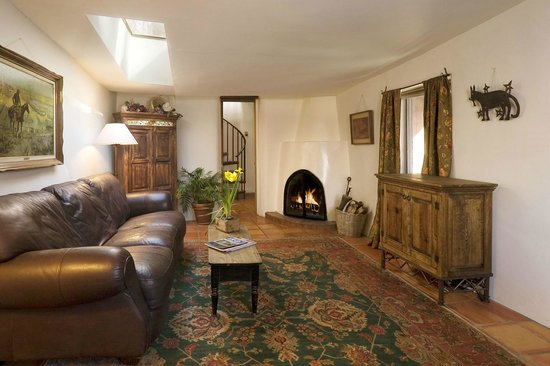Alexander's Inn: Our Cottage, located in a quiet garden setting, is an ideal home away from home.