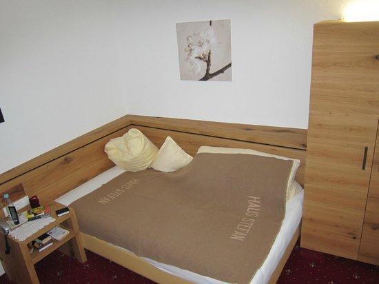 Hotel Stefan:                   Single room
