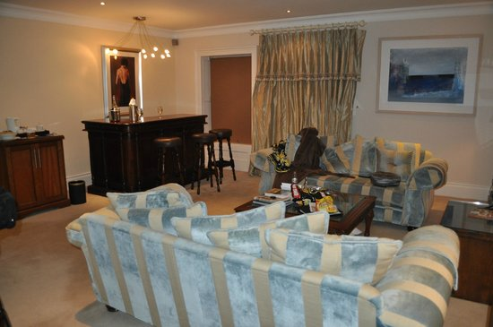 Muckross Park Hotel & Spa:                   lounge