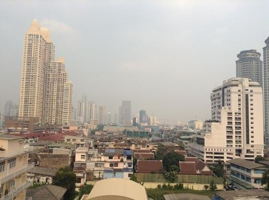 Sathorn Grace Serviced Residence:                   View from 7th floor,swimming pool