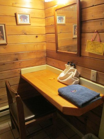 Alaska Creekside Cabins:                   vanity in the bathroom