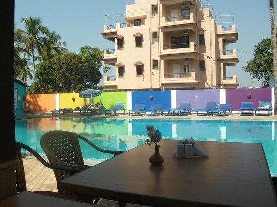 Resort Village Royale:                   Pool area
