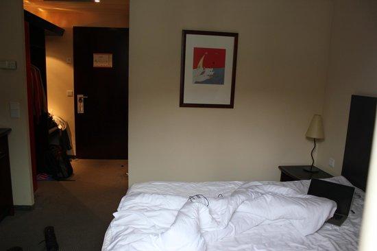 Sorat Hotel Cottbus:                                     room