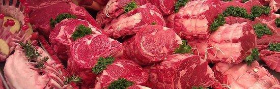 Doris Italian Market: The Finest Meats in Town!