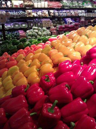 Doris Italian Market: The Freshest Produce!