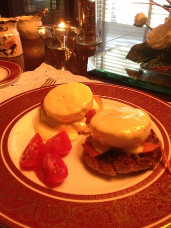 Shangarry Bed and Breakfast:                   Eggs Benedict with Smoked Salmon & Cherry Tomatoes