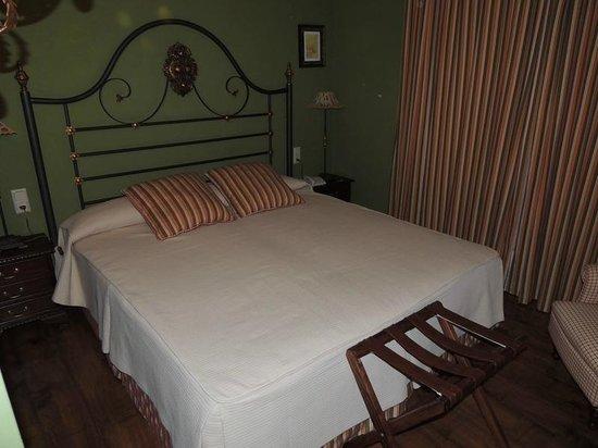 Hotel Montelirio:                   Bed