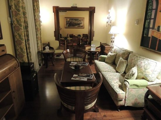 Hotel Montelirio:                   Sitting room