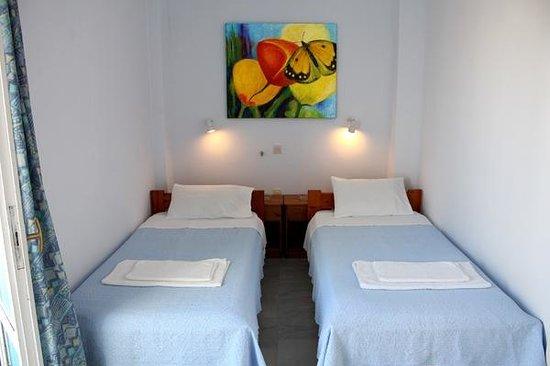 Hotel Sanoudos