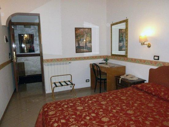 Hotel Giuliana:                   Rm14