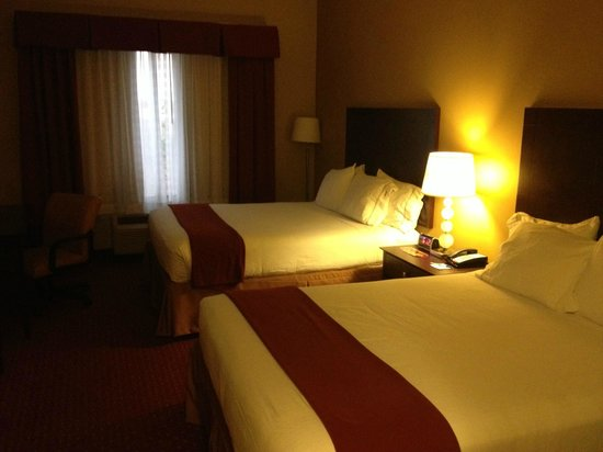 Holiday Inn Express Orlando - South Davenport: Room 216