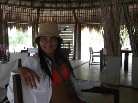Merecumbe Hotel:                                                       Esperando el dasayuno